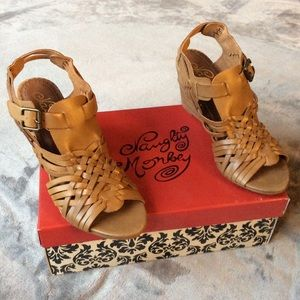 NIB Naughty Monkey Dually Noted Wedge Sandals